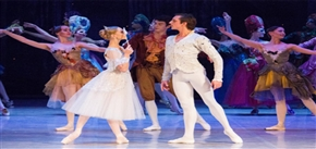 Russian National Ballet Theatre——Cinderella